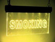 Leuchtschild Smoking